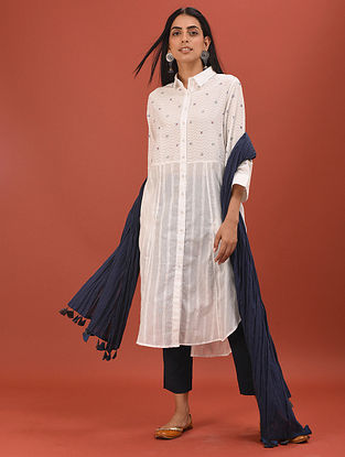MAITHRA - White Button-Down Cotton Dobby Embroidered Kurta with Pockets