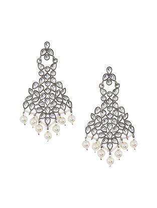Kundan Silver Tone Earrings with Pearls