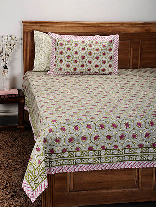White and Pink Handblock Printed Cotton Double Bedcover with Pillow Covers (Set of 3)