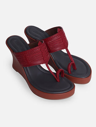Maroon Handcrafted Leather Kolhapuri Wedges