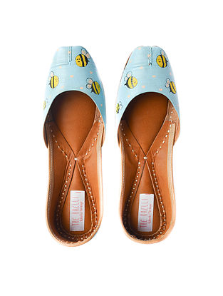 Turquoise Handpainted Leather Juttis