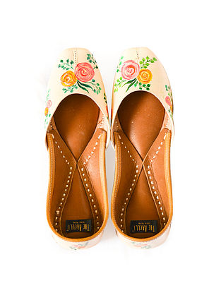 Peach-Multicolored Handpainted Leather Juttis