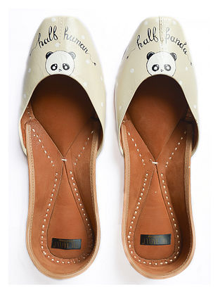 Beige Handpainted Leather Juttis