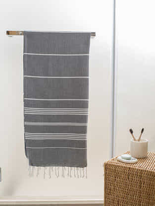 Grey Cotton Bath Towel (65in x 31in)