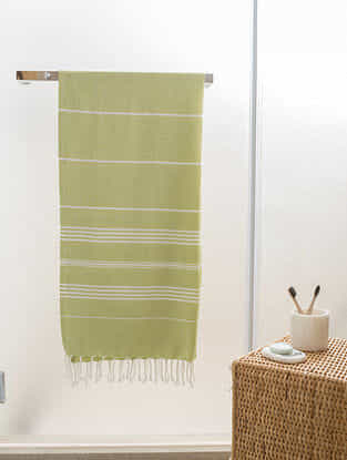 Pastel Green Cotton Bath Towel (62in x 30in)