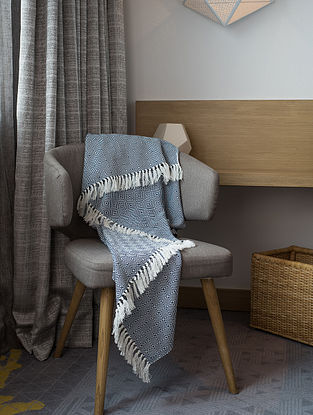 Blue Cotton Throw (71in x 53in)
