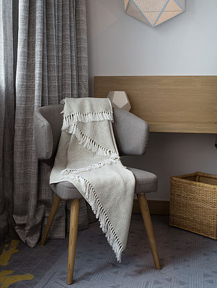 Taupe Cotton Throw (72in x 53in)