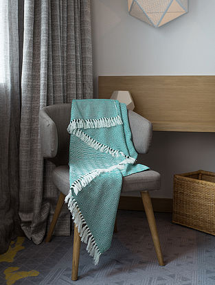 Turquoise Cotton Throw (74in x 53in)
