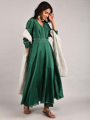 Emerald Green Gota Trimmed Chanderi Kurta with Pants and Grey Scalloped Dupatta (Set of 3)
