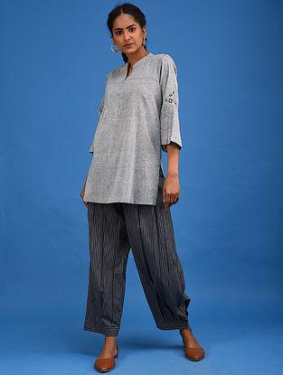 Grey Embroidered Handwoven Cotton Kurta with Pintucks