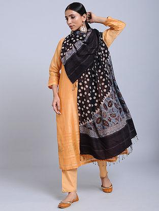 Black-Ivory Handwoven Ajrakh Printed Cotton Dupatta