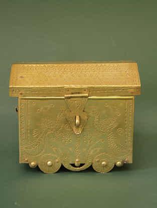 Handcrafted Brass Maa Ka Khazana (L:16cm, W:10.5cm, H:13.5cm)