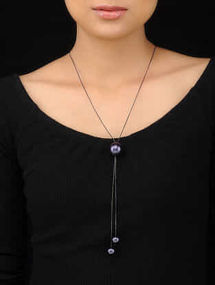 Black Handcrafted Pearl Necklace