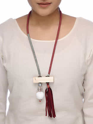 White-Maroon Wood Necklace