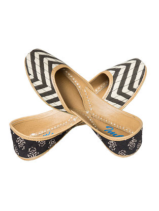 Black-Ivory Block-printed Chevron Cotton and Leather Juttis for Women