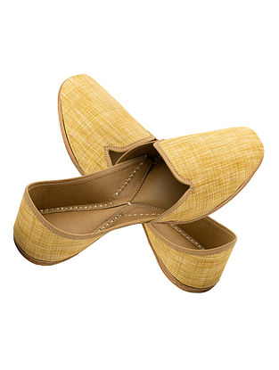 Yellow Handcrafted Cotton Jute and Leather Jutti for Men