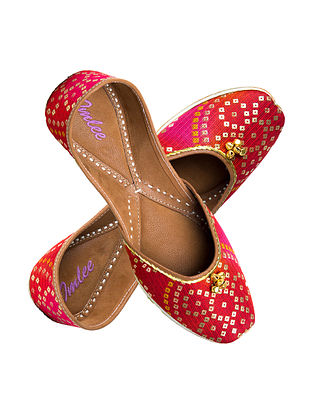 Red Hand-Embroidered Bandhani Leather Jutti with Ghungroo