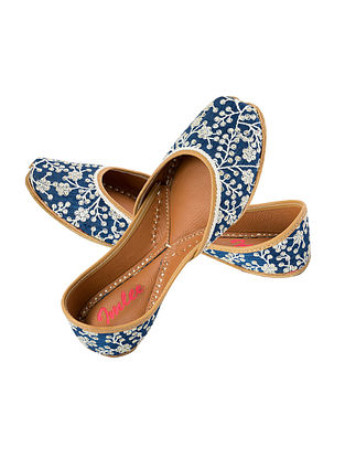 Blue-White Thread Embroidered Leather Juttis with Sequins