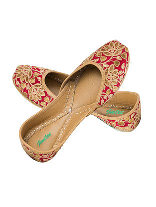 Maroon-Beige Embroidered Leather Juttis