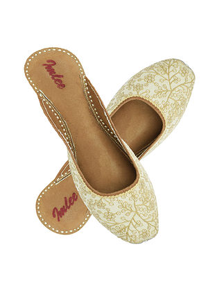White-Beige Embroidered Leather Mojaris with Sequins