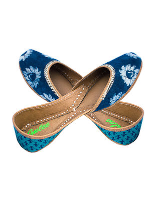 Indigo-Blue Handcrafted Cotton and Leather Juttis with Zari Embroidery