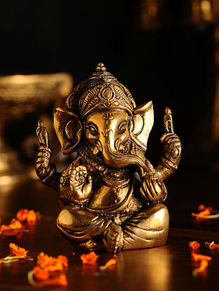 Brass Ganesh (L- 2in, W- 3in, H- 3.3in)