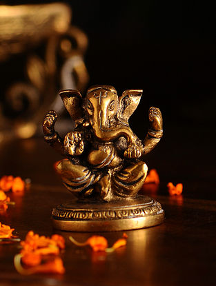 Brass Ganesh (L- 1.6in, W- 2in, H- 2.2in)