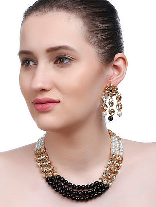 Black-White Gold Tone Kundan Inspired Necklace with Earrings (Set of 2)