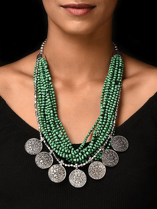 Green Silver Tone Handcrafted Beaded Necklace
