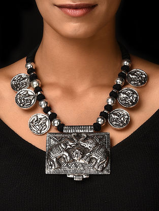 Black Silver Tone Handcrafted Beaded Necklace with Lord Ganesha Motif