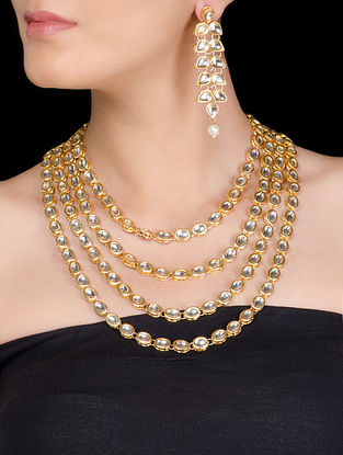 Four Lines Kundan Necklace with Pair of Earrings
