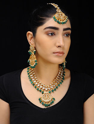 Green Kundan-Inspired Pearl Beaded Necklace with a Pair of Earrings and Mangtika (Set of 3)