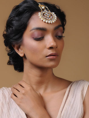 White Kundan-Inspired Pearl Beaded Mangtika
