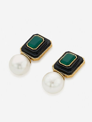 Green-White Gold Plated Onyx-Marsala Quartz Brass Earrings with Pearl