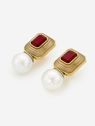 Red-White Gold Plated Onyx-Marsala Quartz Brass Earrings with Pearl