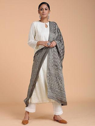 Grey-Ivory Dabu-printed Gajji Silk Dupatta
