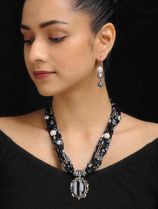 Black Obsidian and Snowflake Beaded Silver Necklace with a Pair of Earrings (Set of 2)