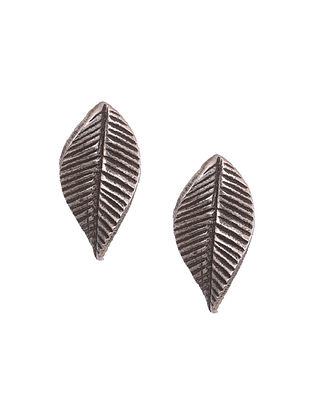 Classic Silver Earrings with Leaf Design