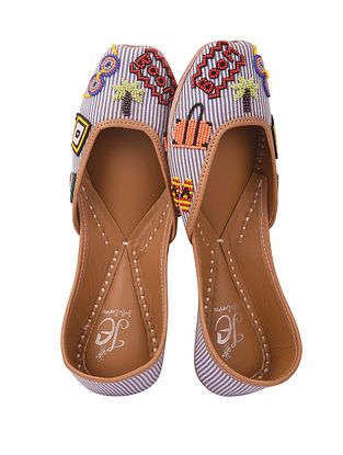 Multicolored Handcrafted Cotton Juttis