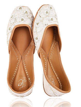White Embroidered Silk Juttis