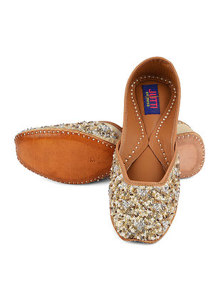 Gold Silver Handcrafted Leather Juttis with Sequins