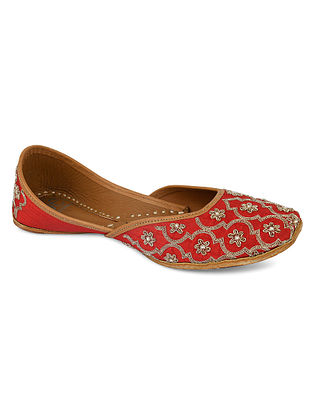 Red Hand Embroidered Silk Juttis