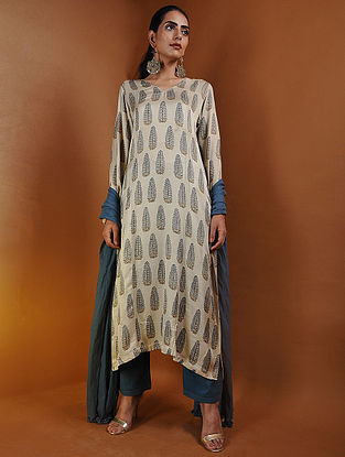 Beige-Indigo Pintuck Ajrakh Gajji Silk Kurta by Jaypore