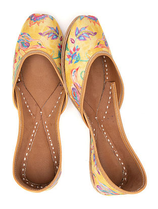 Yellow Multicolored Printed Leather Juttis