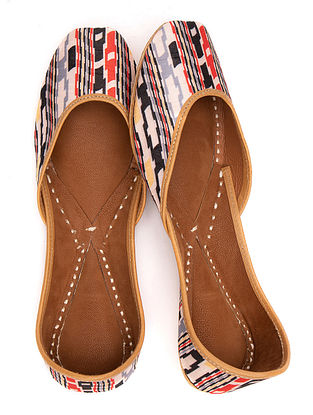Multicolored Printed Leather Juttis