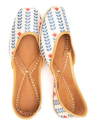 White Blue Handcrafted Printed Leather Juttis
