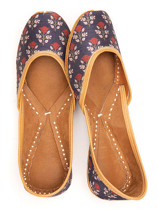 Blue Red Handcrafted Printed Leather Juttis