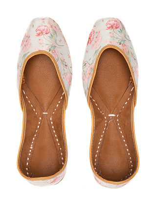 Pink White Handcrafted Printed Leather Juttis