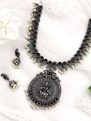 Black Silver Tone Tribal Necklace and Jhumki Earrings with Pearls
