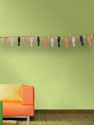 Multicolored Handcrafted Dori Bunting with Bird Design (40in x 1.2in)